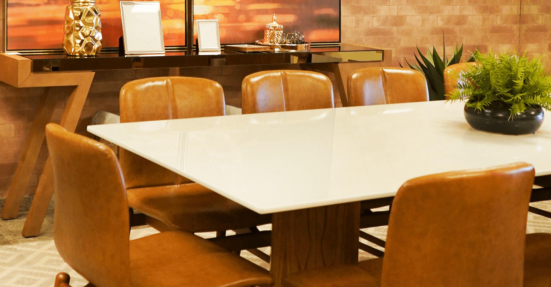 Laura Beatriz  – Currículo Assistente administrativo | Cenário Móveis - A loja mais completa em móveis finos e de luxo em Goiânia e Brasília